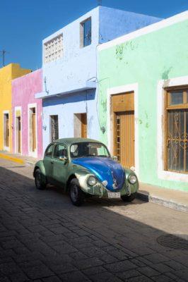 Coccinelle dans une rue de Campeche, Méxique