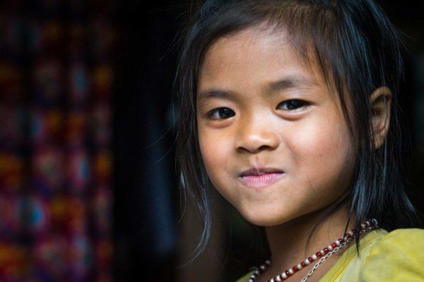 Petite écolière vietnamienne